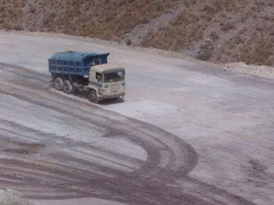 6-Camion-cuba-regando1-400x300